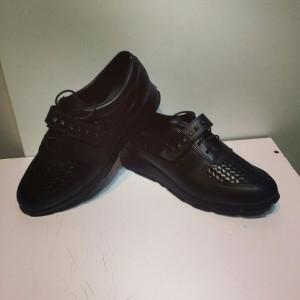 کفش کتانی چرم طبیعی مدل ۶۹۲