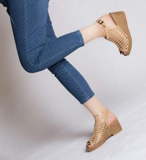 کفش کد ۳۲۰