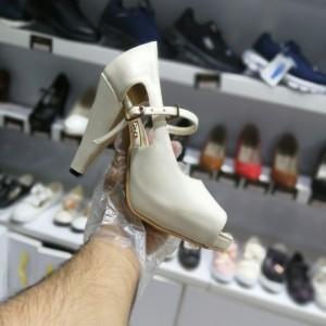 کفش زنانه جلو باز