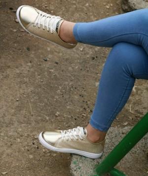 کفش مدل مکویین