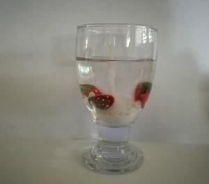 شمع ژله ای طرح توت فرنگی-تصویر 3