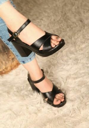 کفش شیک