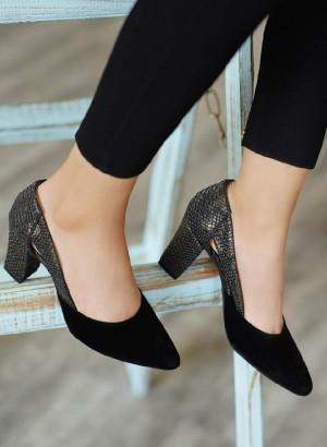 کفش کد ۷۱۱