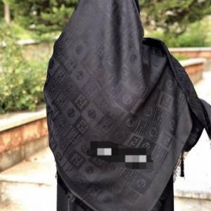 روسری نخی مشکی-تصویر 3