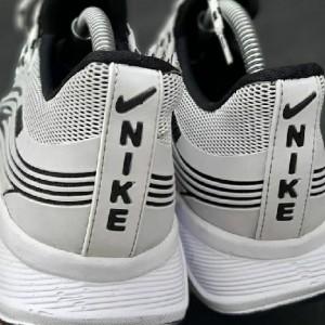 کفش کتونی نایک آیر-تصویر 2