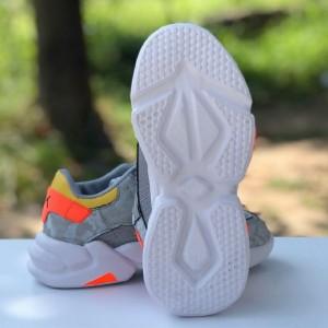 کفش کتانی نوبیک-تصویر 3