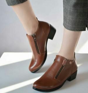 کفش کد ۶۰۹