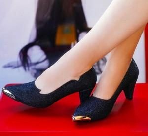 کفش کد ۴۸۴