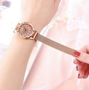 ساعت دستبندی زنانه GUCCI-تصویر 2