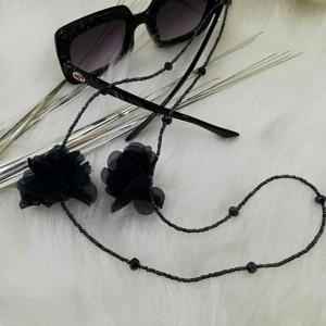 بند عینک مشکی گل