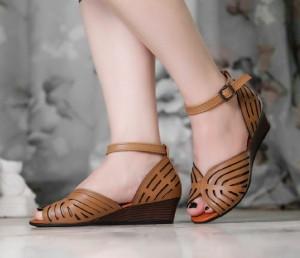 کفش راحتی لژدار