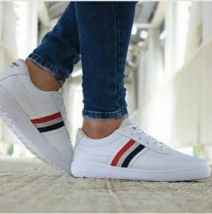 کفش تامی