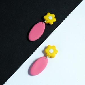 گوشواره گلدار میخی