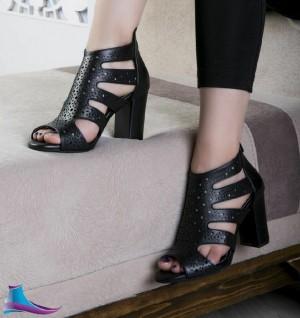کفش پاشنه ۷ سانت
