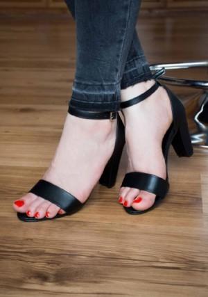 کفش کد ۹۰۶