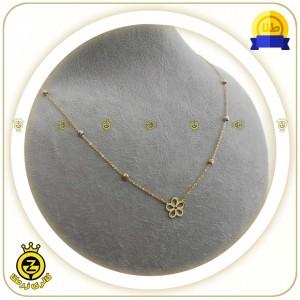 گردنبند طلا طرح گل با گوی های کوچک