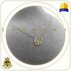 گردنبند طلا طرح گل کوچک