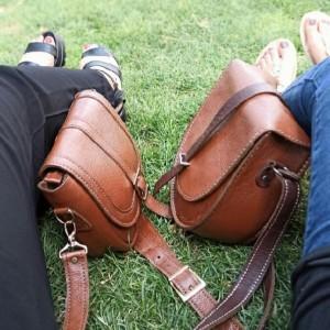 کیف تمام چرم کاملا طبیعی دست دوز مدل نگین و سویل