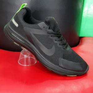 کفش اسپرت ۰۰۴