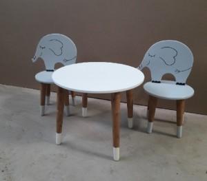 میز و صندلی فیل