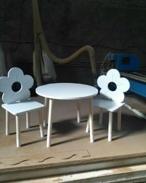 میز صندلی طرح گل