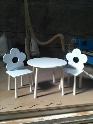 میز صندلی طرح گل-تصویر 4