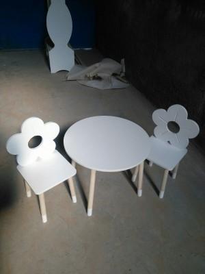 میز صندلی طرح گل-تصویر 3