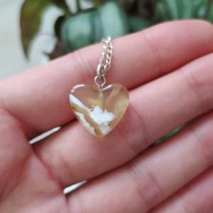 گردنبند عقیق عسلی طرح قلب ظریف-تصویر 3