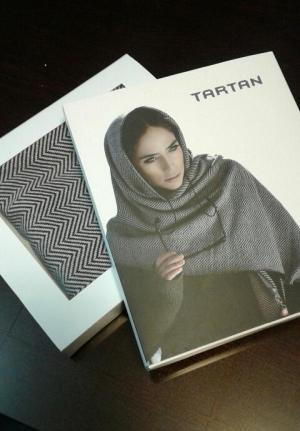 شال روسری طرح هفتی هشتی تارتن-تصویر 2