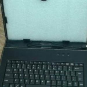 کیف تبلت کیبرددار USB با قلم-تصویر 4