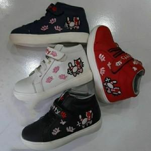 کفش ورزشی اسپرت ساقدار دخترانه کیتی-تصویر 2