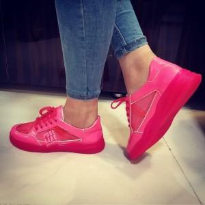 کفش کتانی  bershka ویتنام