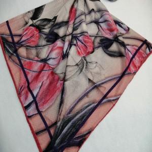 روسری نخ ابریشم دست دوز زنانه طرح گلهای بهاری 14