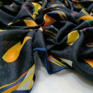 روسری نخ ابریشم دست دوز زنانه طرح هندسی3-تصویر 3