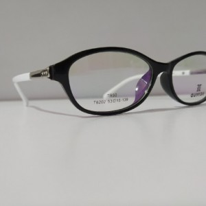 عینک طبی زنانه-تصویر 2