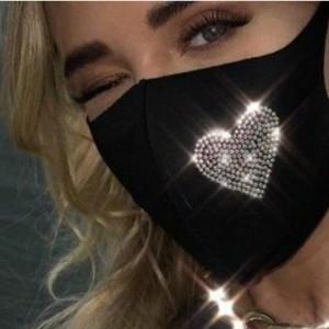 ماسک سه لایه نانو نقره طرح نگین دار قلب