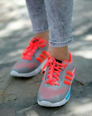 كفش ورزشی زنانه طرح adidas 1-تصویر 2