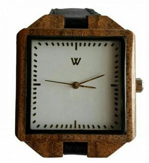ساعت مچی چوبی