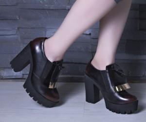 کفش کد ۶۵