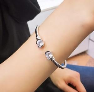 دستبند شیک و اسپورت ژوپینگ