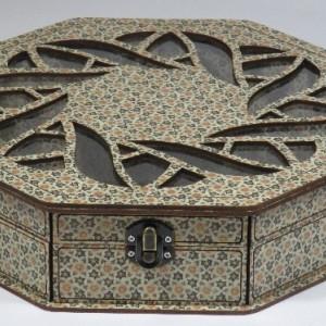 جعبه آجیل و خشکبار جعبه پذیرایی جعبه چوبی چند ضلعی مدل خاتم کد LB021
