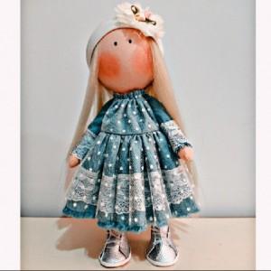 عروسک ایرانی