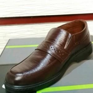 کفش چرم مجلسی مردانه آقای چرم
