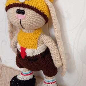 خرگوش گوش دراز با لباس باب اسفنجی-تصویر 2