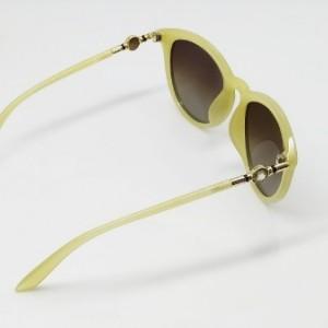 عینک دودی آفتابی زنانه پلاریزد و uy 400-تصویر 3