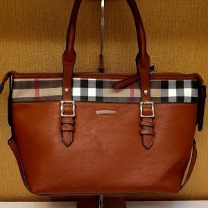 کیف خارجی Burberry