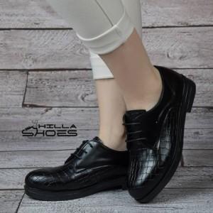 کفش کالج طرح دار بندی