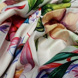 روسری ابریشم فاستونی دیجیتال 121-09 ارکیده-تصویر 4