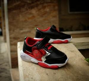 کفش بچگانه اسپایدر