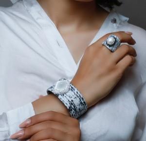 دستبند و انگشتر سنگ اصل سوارسکی لومیر-تصویر 3